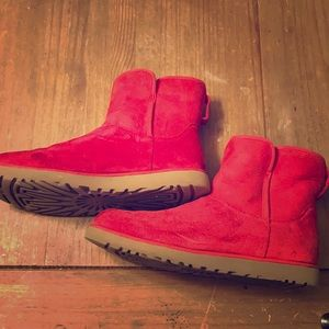 Women's Ugg ankle boots.